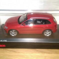 Se vinde macheta Audi Q5 2013 1:43 Schuco - Macheta auto
