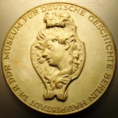 5.176 GERMANIA DDR MEDALIE SCULPTOR ANDREAS SCHLUTER SCHLÜTER 65mm CERAMICA, Europa
