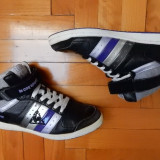 Adidasi Le Coq Sportif; marime 38 (24.3 cm talpic interior); stare excelenta