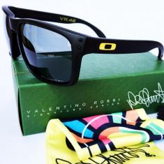 Ochelari de soare Oakley Holbrook POLARIZAT Valentino Rossi signature, Unisex, Polarizare
