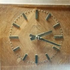 Ceas perete W. Moser - Baer Sumiswald Vintage cu afect - Ceas de perete