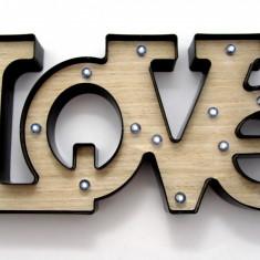 Panou decorativ luminos 3D – LOVE - 52 x 24 cm
