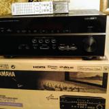 Yamaha RX V-673 receiver A-V