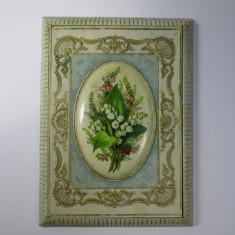 F Anul 1868 Cutie mica de carton foarte veche, antica