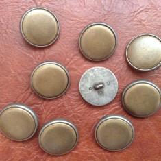 Lot 9 bucati - nasturi din metal model deosebit cu diametrul de 23 mm !!!!