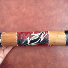 Instrument muzical exotic din bambus - maraca / shaker model deosebit !!!!!!