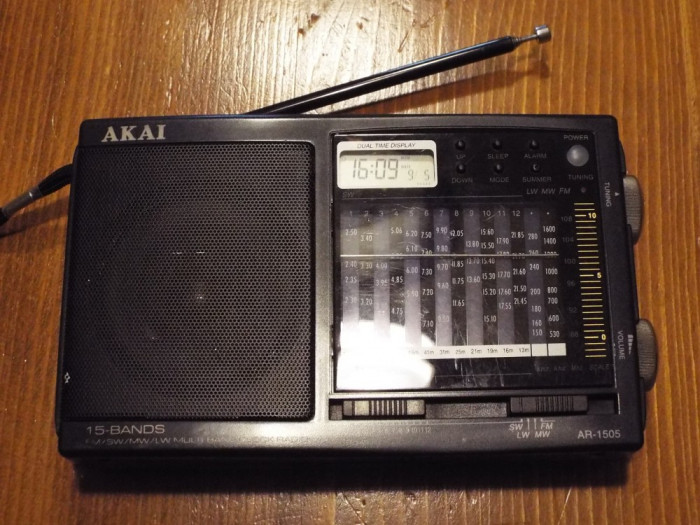 radio AKAI AR 1505