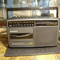 Radio casetofon Grundig RR 257 - Aparat radio Grundig, Analog, 0-40 W