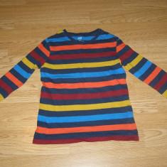 Bluza pentru copii de 4-5-6 ani de la h&m basic, Marime: Masura unica, Culoare: Din imagine, Unisex