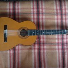Instrumente muzicale - Chitara clasica