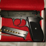 Vand pistol cu bila Rohm RG 88, cal. 10x22T, nou, nefolosit.