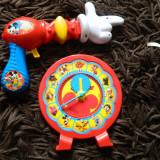 Set de doua produse Disney. Pistol cu apa Clubul lui Mickey Mouse, ceas jucarie - Jocuri Stiinte, 6-8 ani, Unisex