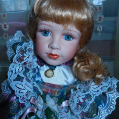 Papusa portelan Miss Wendy
