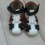 Sandale fetite din piele Balducci Italia marimea 21 - Pret Mic