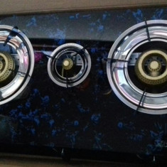 Aragaz cu 3 ochiuri din sticla cu arindere pe quartz, 3 arzatoare, Aprindere quartz, Negru