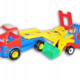 Trailer plastic cu tractor