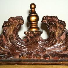 Ornament de lemn sculptat in stil Art Nouveau