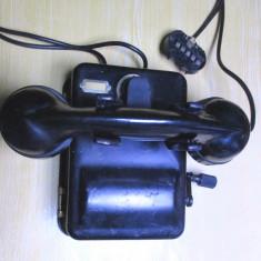 Telefon vechi romanesc cu manivela bachelita de colectie model anii 50-70 - Telefon fix