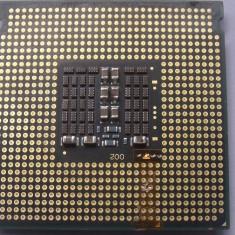 Procesor intel quad core xeon E5335 2.00Ghz 8MB lga 775 = Q9000 cu adaptor 775
