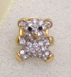 Brosa dama-ursulet- placata cu aur 18K si pietre  Swarovski-martisor
