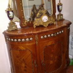 Comoda cu oglinda, stil baroc/Ludovic XIV, 1900, lemn de trandafir, intarsie, bronz, Comode si bufete, 1900 - 1949