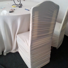 Confectionez huse de scaun lycra