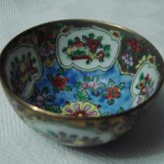 Impresionant bol in miniatura din portelan vechi japonez