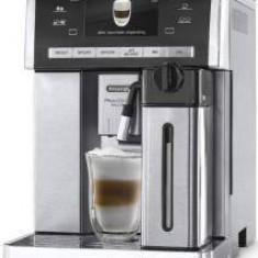 Espressor PrimaDonna Exclusive ESAM 6900. M automat, 15 bari, 1350W - Cafetiera Delonghi