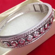 Bratara -placata cu Aur 18k si cristale Swarovski-Tip Pandora