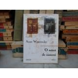 O MANA DE OAMENI , Anne Wiazemsky , 2001