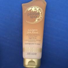 Exfoliant de corp cu unt de shea si zahar brun - Crema exfoliante Avon