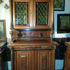 Vand mobila veche din lemn masiv - Bufet