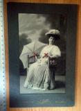 Cumpara ieftin LOT 2 FOTOGRAFII VECHI CARTONATE DIM.MARE - FOTO JULIETTA  BUCURESCI , ANII 1900