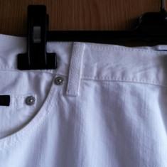 Blugi barbati Tommy Hilfiger HUGO BOSS nr.XL (50X2=90 circumf)originali, Culoare: Alb, Lungi, Drepti, Normal