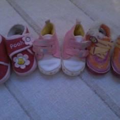 Trei perechi de adidasi pentru copii Disney Baby marimea 18 - Super Pret - Adidasi copii, Culoare: Din imagine, Fete, Textil