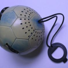 Radio mic vechi si rar junior de colectie romanesc e cam ca o portocala e defect - Aparat radio