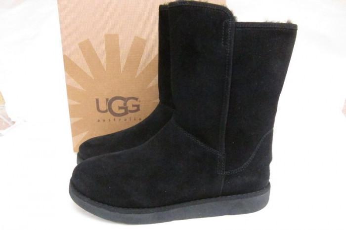 Cizme UGG din piele imblanite  black- Calitate !