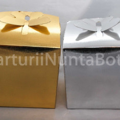 Marturii nunta/botez cutiuta cadou sistem inchidere fluture 12x12 cm