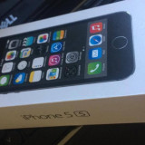 iPhone 5S Apple 32GB, Gri, Neblocat