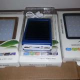 Baterie Externa / Solara 12.000 mAh si lanterna