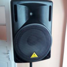 BEHRINGER Eurolive B215-A - Boxa activa