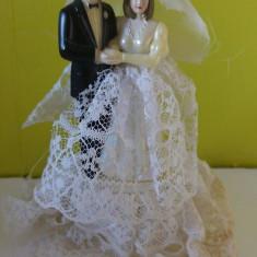 Mireasa si Mire decor vintage, plastic cu dantela, 13cm