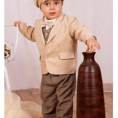 Costum pentru botez Krasnal A030
