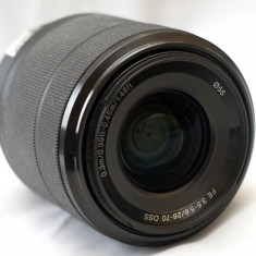 Sony SEL 28-70mm f/3.5-5.6 OSS - obiectiv E-mount Full Frame - Obiectiv mirrorless