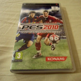 Pro Evolution Soccer 2010, PES, PSP, original, alte sute de jocuri! - Jocuri PSP Konami, Sporturi, 3+, Single player
