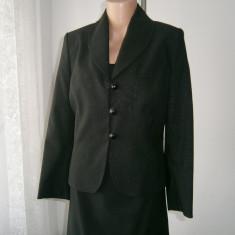 Costum de dama 2 piese, rochie si sacou, marca Brise, mar M! - Costum dama, Marime: M, Culoare: Din imagine