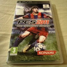 Pro Evolution Soccer 2011, PES, PSP, original, alte sute de jocuri!, Sporturi, 3+, Single player, Konami