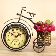 Bicicleta Vintage cu ceas si suport pixuri
