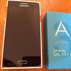 Samsung Galaxy A3 - Telefon Samsung, Neblocat, Single SIM, 1 GB