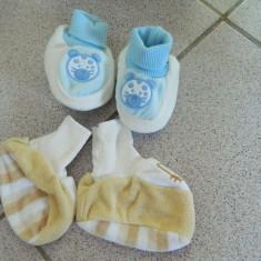 Set de doi botosei, papucei nou nascut, cipici, marimea 16-18, bumbac flausat - Botosi copii, Culoare: Din imagine